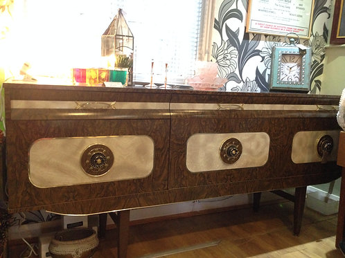 Super Retro 1960s/70s Formica Veneered Sideboard