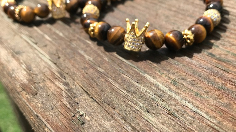 Tiger Eye Royal Crown