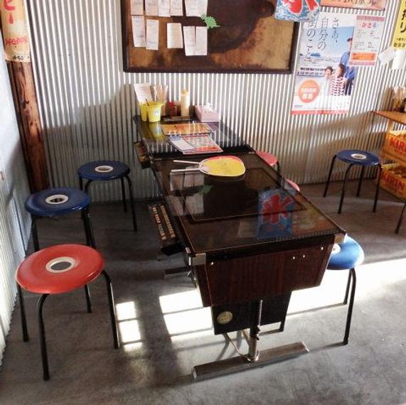 スペースインベーダーテーブル