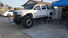 "Great White "" Carcharodon"" ... 2013 Tacoma Solid Axle Swap part 4"