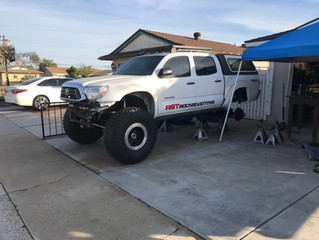 """Great White """" Carcharodon"""" ... 2013 Tacoma Solid Axle Swap part 4"""