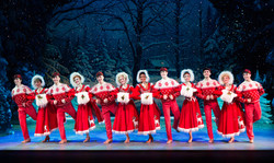Irving Berlin's White Christmas 2016