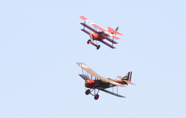 Fokker-DRI-et-SE5-en-combat-aérien-WEB