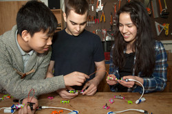 littleBits Workshop Set Makerspace group Lifestyle