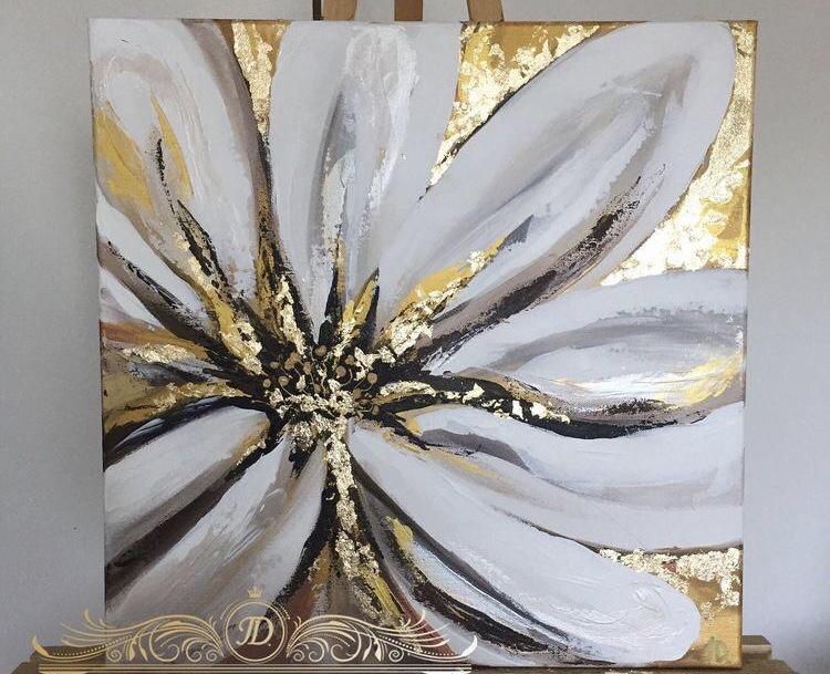 Цветок с поталью