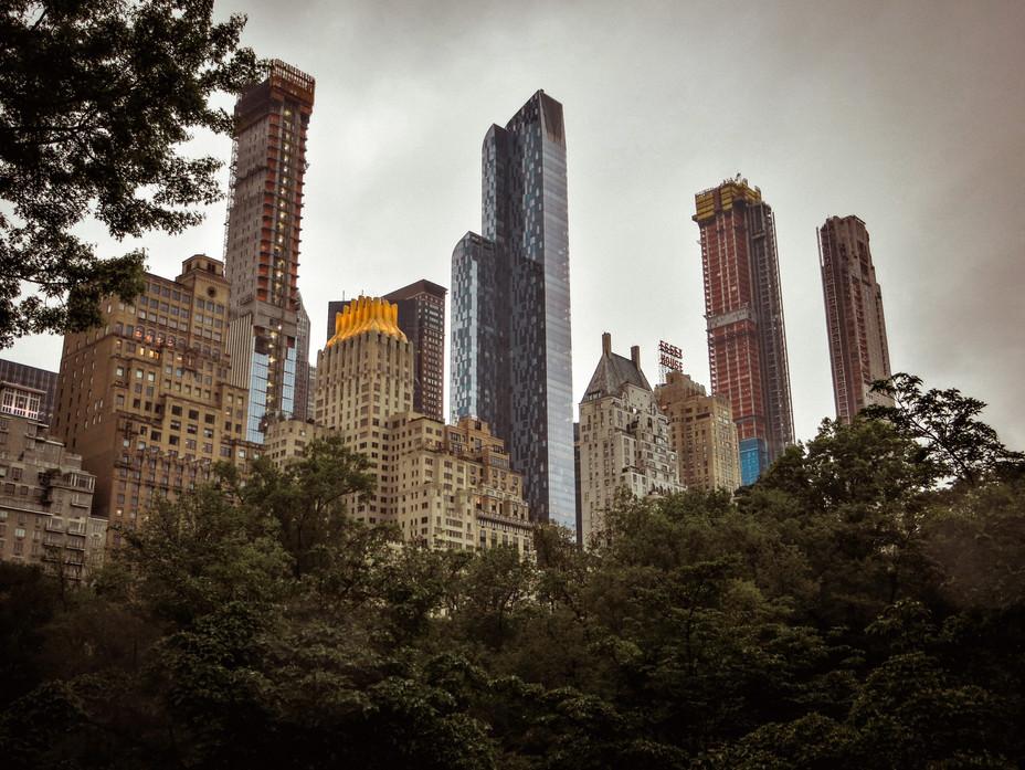 NYC_view_on_tall.jpg
