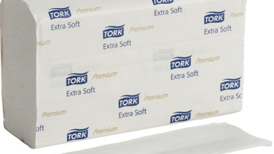 TORK  21 Pack 100 Sheet White Extra Soft Interfold Advanced Paper Towels