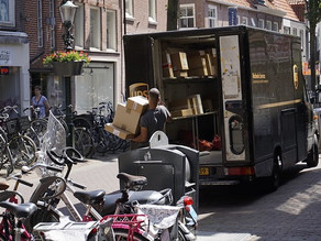 To de-congest delivery traffic, operators and cities need to come together