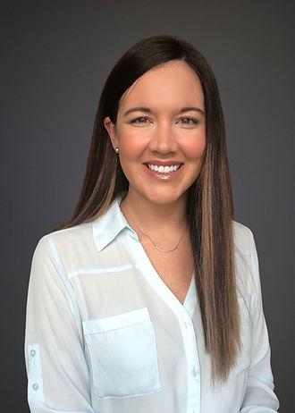 Michelle Thomas Headshot 2021.JPG