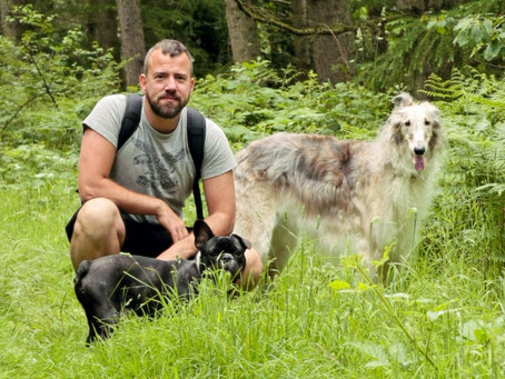 Hi I'm Luke Wheldon, welcome to Smart Dog Training