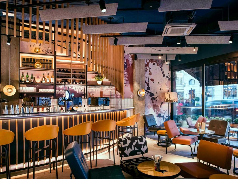 A vibrant restaurant & cocktail bar shortlisted for a 2020 Restaurant & Bar Design Award