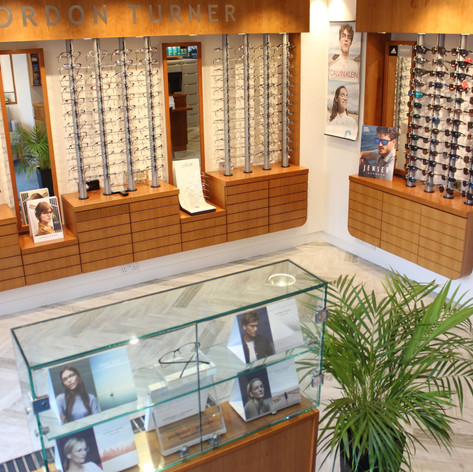 The interior design took into consideration the opticians' customers with visual impairments