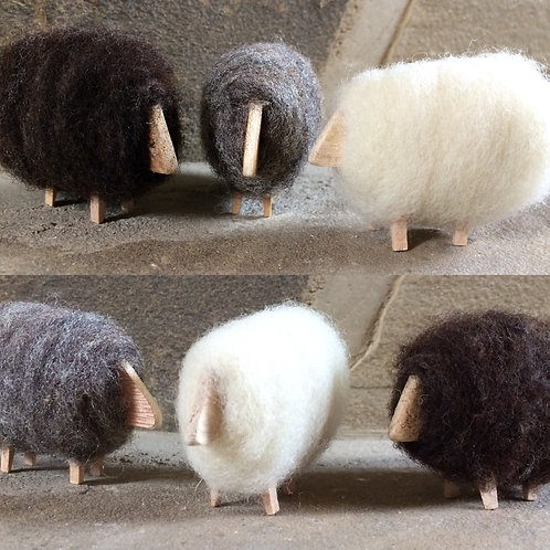 Woolly wooden sheep