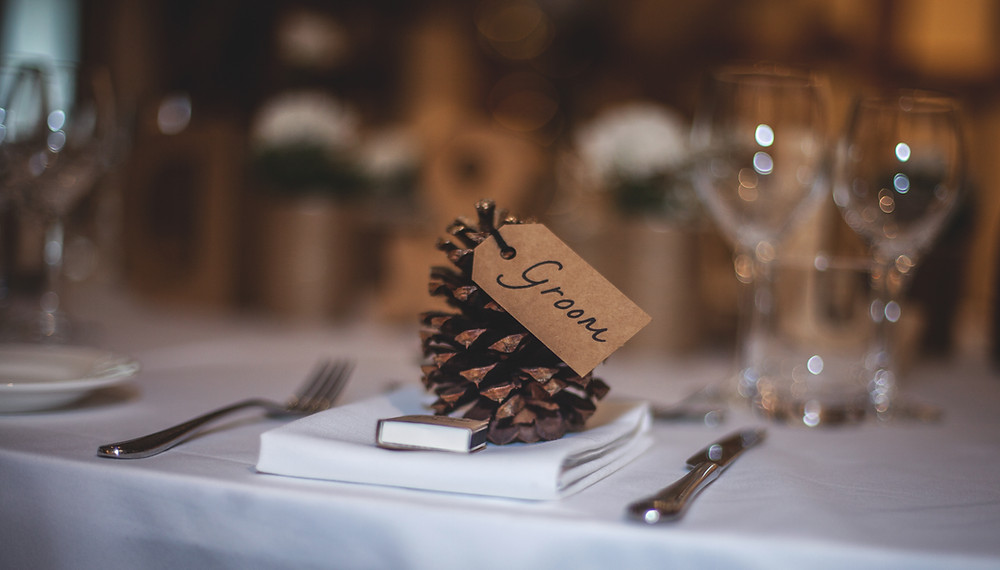 Pinecone wedding table decor
