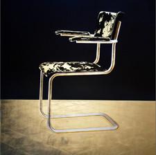 Chair No.8 (Freischwinger)