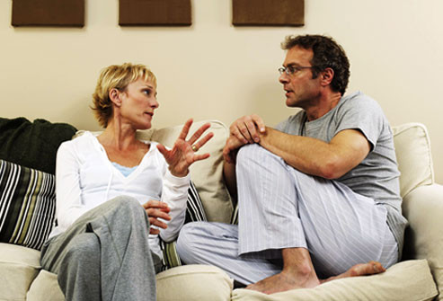photolibrary_rf_photo_of_couple_talking_on_sofa.jpg