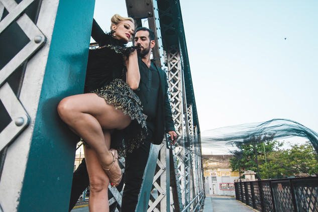 Mika & Cris Tango Bridge 2-5.jpg