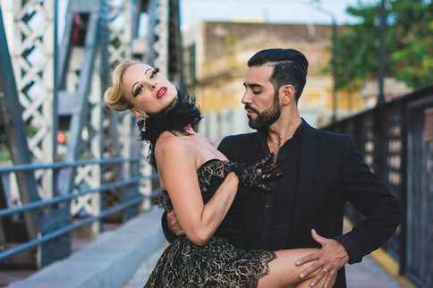Mika & Cris Tango Bridge 2-2.jpg