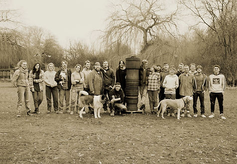 The Lockbund foundry team in the gardens of Fishermans Cottage for the annual Christmas photo