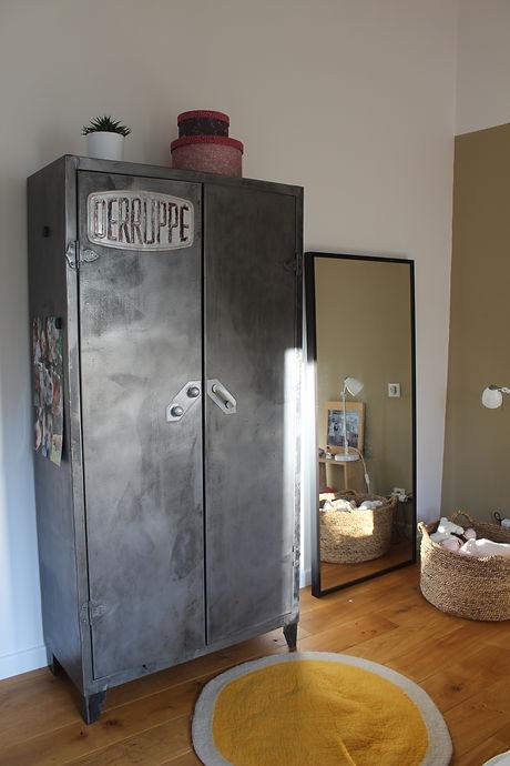 armoire vintage - inspirationrecup.com
