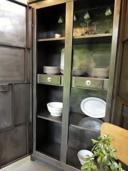 Armoire de cuisine en métal vintage
