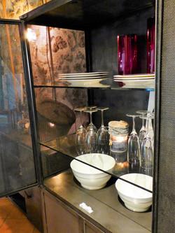 Armoire métal vintage grillagée