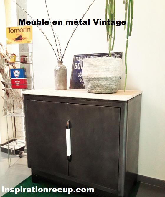 Meuble vintage en métal 1955
