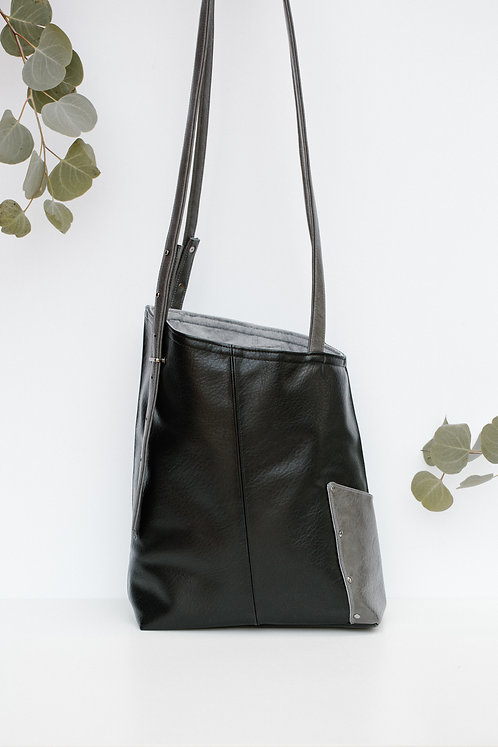 OVERCOMER tote bag | ONYX