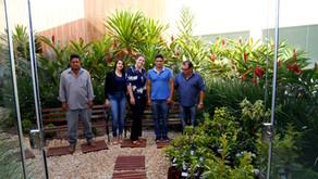 """CRV Industrial faz doação de mudas de árvores frutíferas em comemoração ao """"Dia da Árvore"""""""