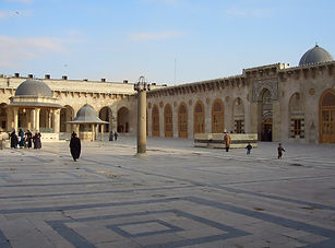 1._aleppo__umayyad_mosque__courtyard_tow