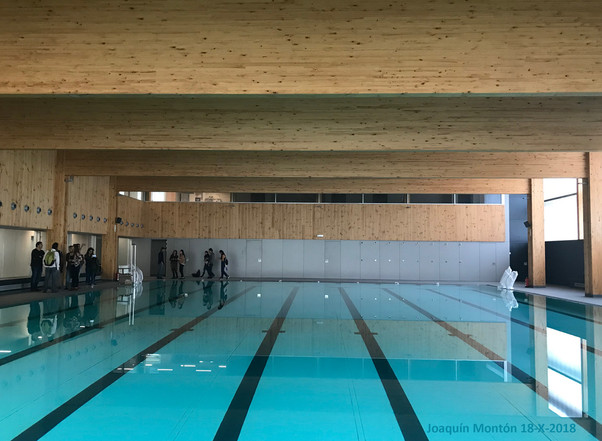 Visita al polideportivo del Turó de la Peira (Barcelona)