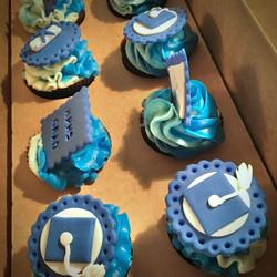 vegan grad cupcakes