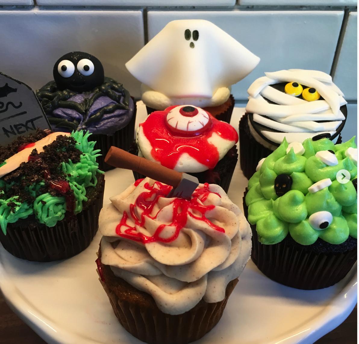 halloween cupcakes 2.png