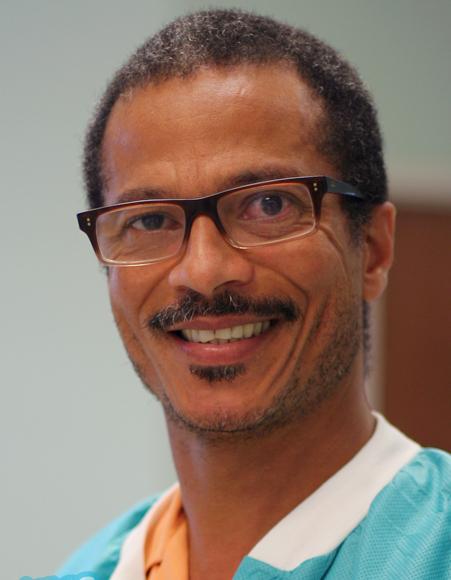 Dr. Paul Lindo