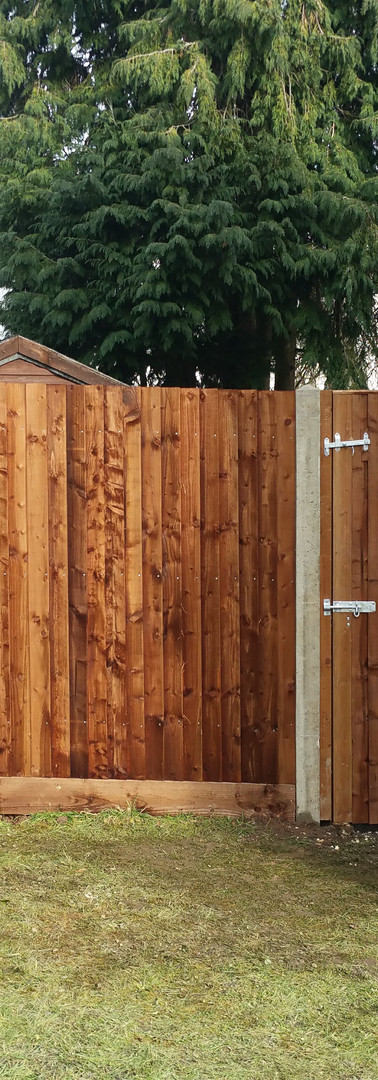 Fencing Close Board with Concrete Posts