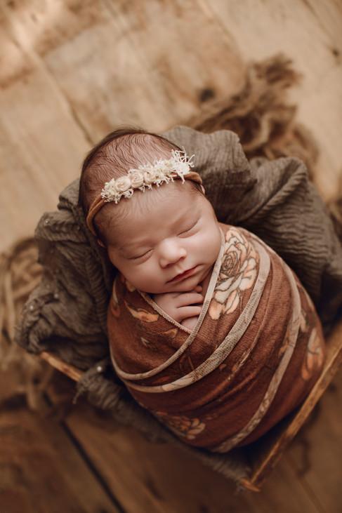 Feske Newborn- 03.jpg