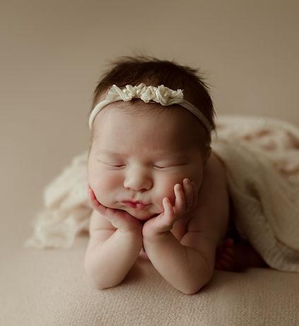 Tomes Newborn-1.jpg