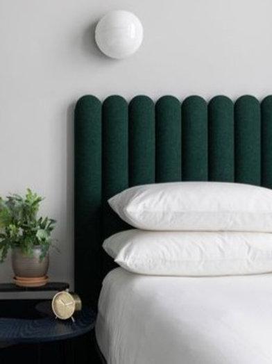 Respaldo de cama con barras curvas