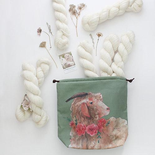 Valerie Club | Project bag & Yarn