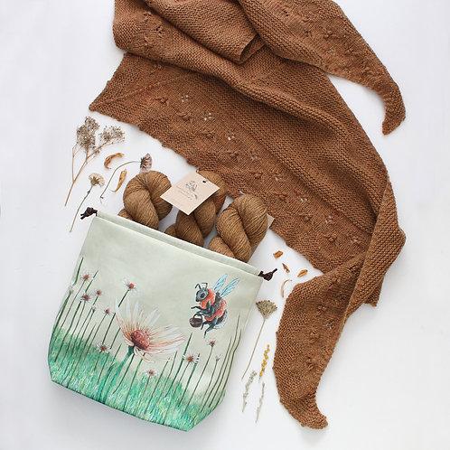 PREORDER | Bonnie/Humlebi Club | Project bag, Yarn & Knitting Pattern
