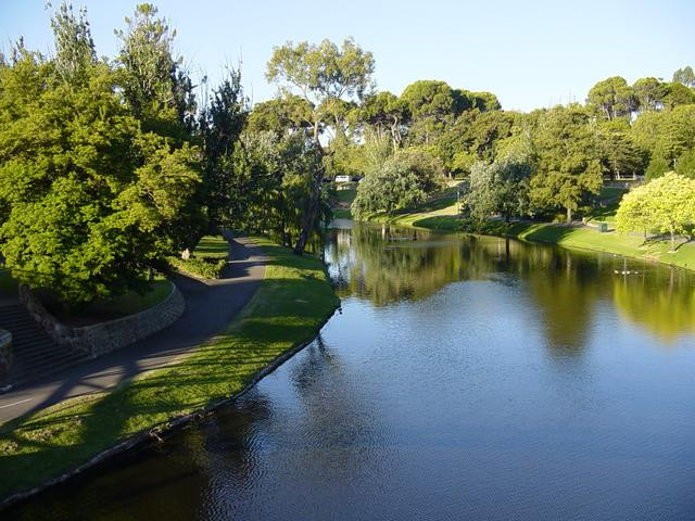 Stunning River Torrens Linear Park is perfect to ride a Me-Mover outdoors in Adelaide