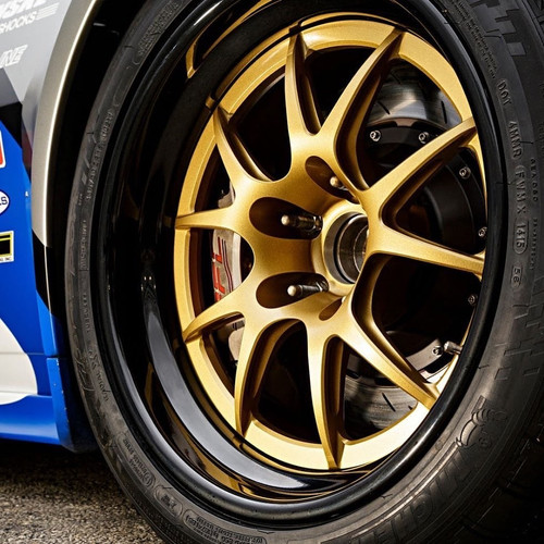 Forgeline GA3R - gloss black outers with satin race gold centres