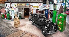 desktop-attraction_National-Motor-Museum