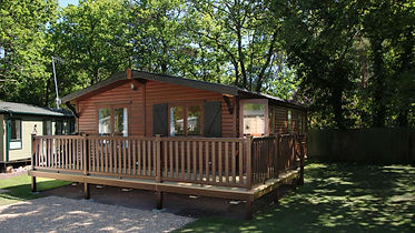 5.Forest-edge-select-lodge.jpg
