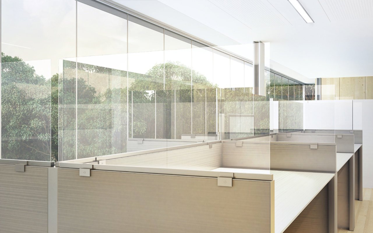 Plexiglass skillevegg
