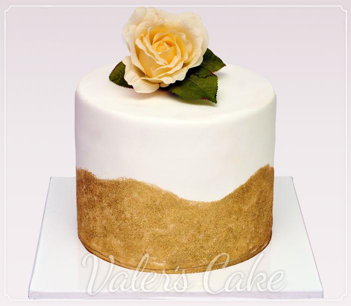 עוגה-עם-פרח