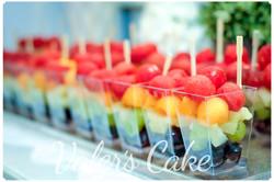 קינוח פירות בכוס