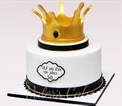 עוגה-עם-כתר-זהב
