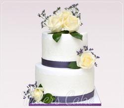 עוגת חתונה מבצק סוכר בסגול