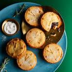 Heston's 'Night Before Christmas' Mince Pies with Smoked Sugar